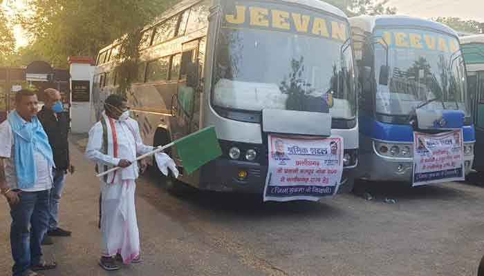 Bus departs to bring Sukma workers back from Goa, Minister Kawasi Lakhma flags Hari
