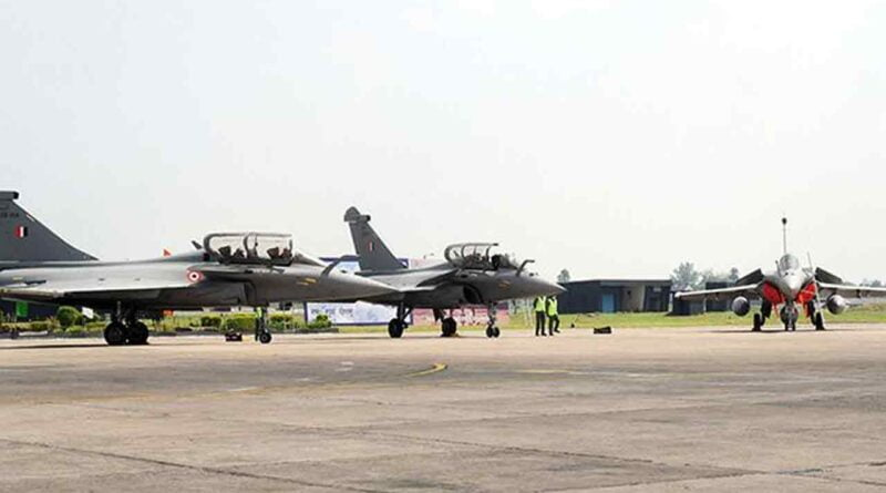 New Delhi 10 women flying fighter aircraft Air Force