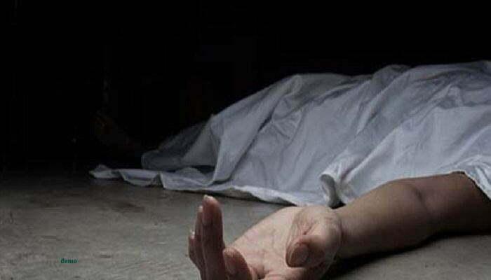 Photo of Janjgir: घर में सो रहे थे पति-पत्नी और बच्चा, धारदार हथियार से किया हमला